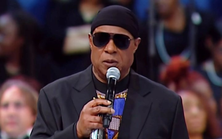 Stevie Wonder Closes Out Aretha Franklin's Funeral With Emotional Tribute