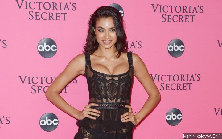 VS Model Kelly Gale Accused of Fat Shaming for Promoting Diet and Exercise Outside In-N-Out