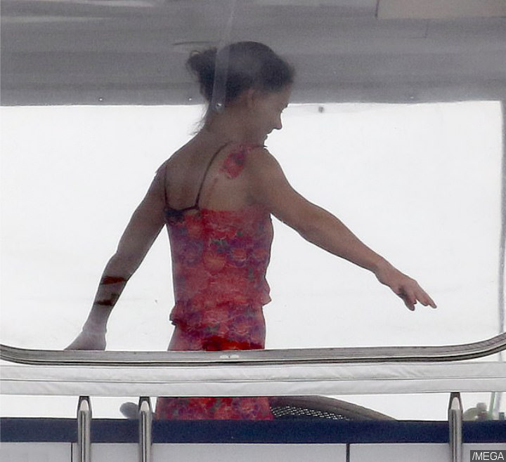 Katie Holmes on Yacht Vacation With Jamie Foxx