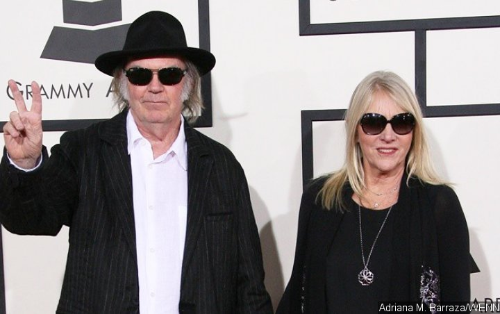 Neil Young Honors Late Ex-Wife With 'Harvest Moon' Song