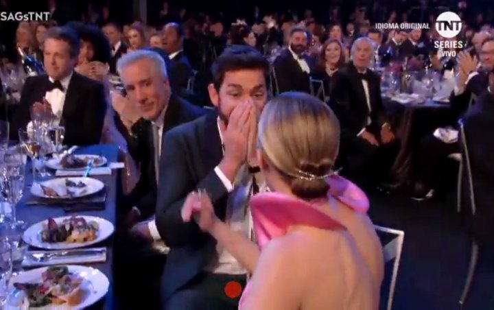Emily Blunt Makes John Krasinski Cry With Her Touching Shout-Out at 2019 SAG Awards