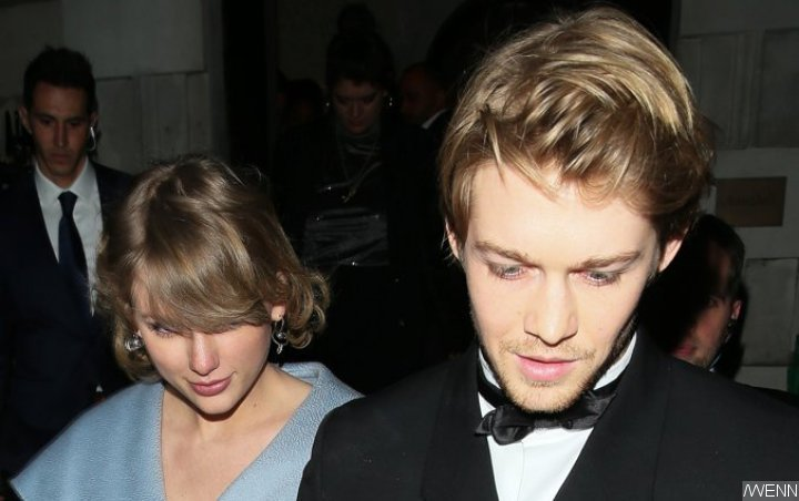 Taylor Swift Gives Shout Out to Joe Alwyn's 'The Favourite' for BAFTAs Domination