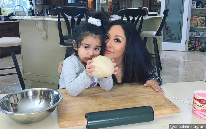 Is She Alright? Snooki's 4-Year-Old Daughter Breaks Arm After Falling Off Bed
