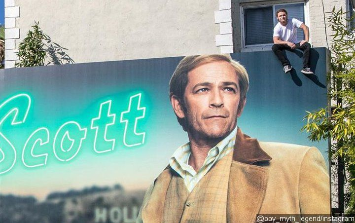 Luke Perry's Son Scales 'Once Upon a Time in Hollywood' Billboard Ahead of L.A. Premiere