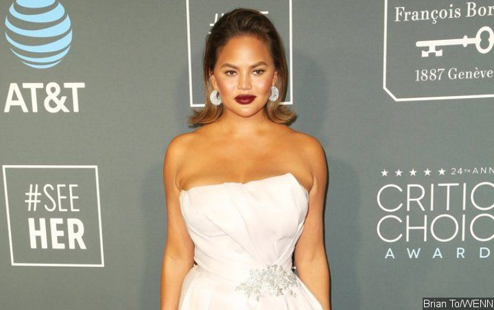Chrissy Teigen Publicly Complains About Cathay Pacific's Car Seat Ban