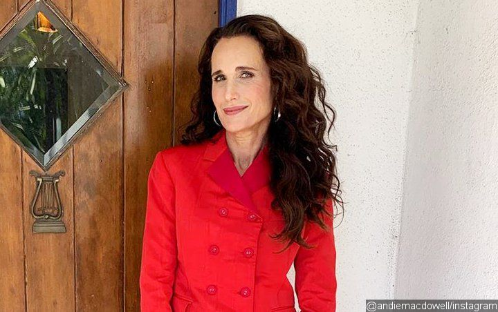 Andie MacDowell Keeps in Touch With Her Dead Relatives With Ouija Board