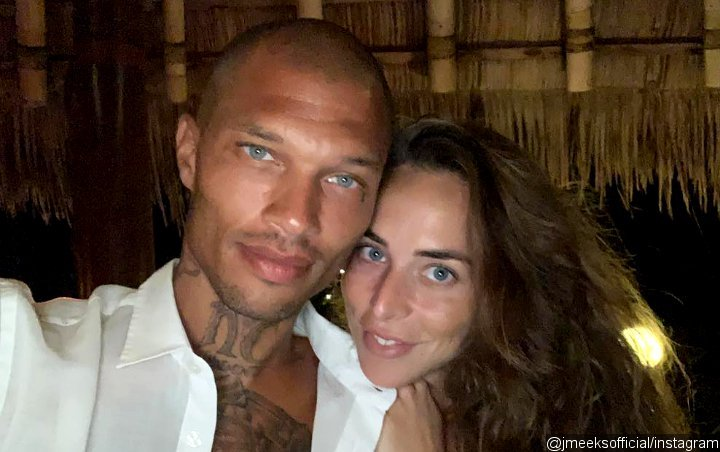Jeremy Meeks Shuts Down Chloe Green Split Report Despite Her Cozying Up to Another Man