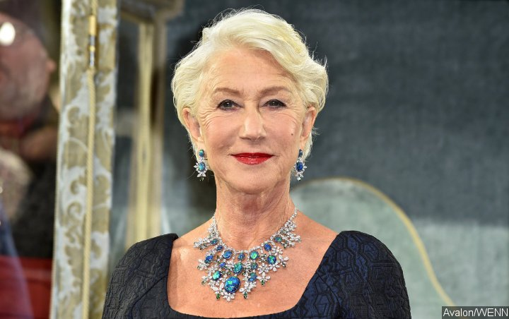 Helen Mirren Has a Blast Going Barefoot at L'Oreal Paris Fashion Show