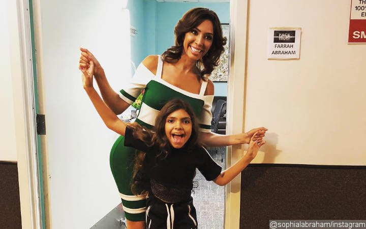 Farrah Abraham's 10-Year-Old Daughter Is in Therapy, Swears During Interview