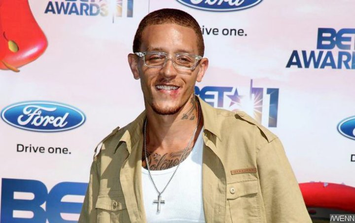 Former Cavs Player Delonte West Seen Getting Beat Down on Freeway