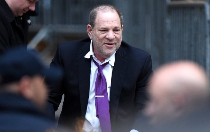 Harvey Weinstein's Victim Mimi Haley Cries in Cafe After He's Found Guilty of Rape
