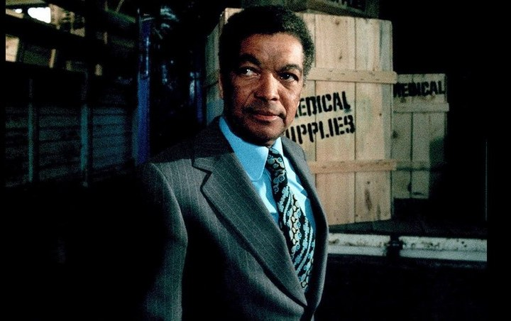 Earl Cameron, British film pioneer dies at the age of 102