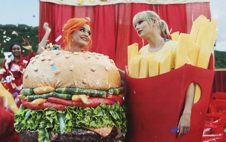 Taylor Swift Sends Katy Perry 'Hand Embroidered' Blanket for Daughter Daisy Dove