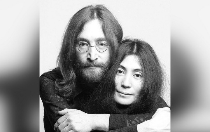 John Lennon's Murderer Begs for Forgiveness From Yoko Ono as He's Repeatedly Denied Parole