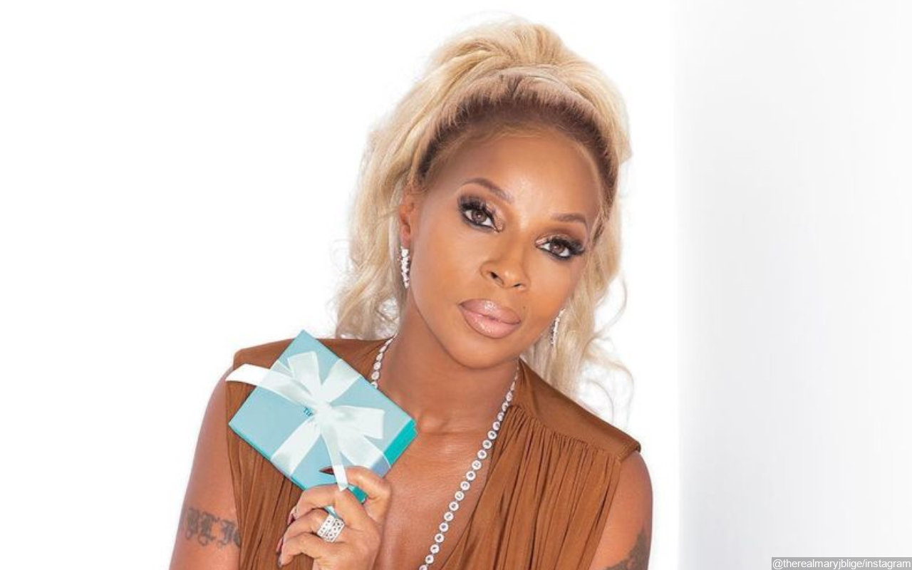 Mary J. Blige Vows to Never Deprive Herself of Living Despite Lonely Holidays