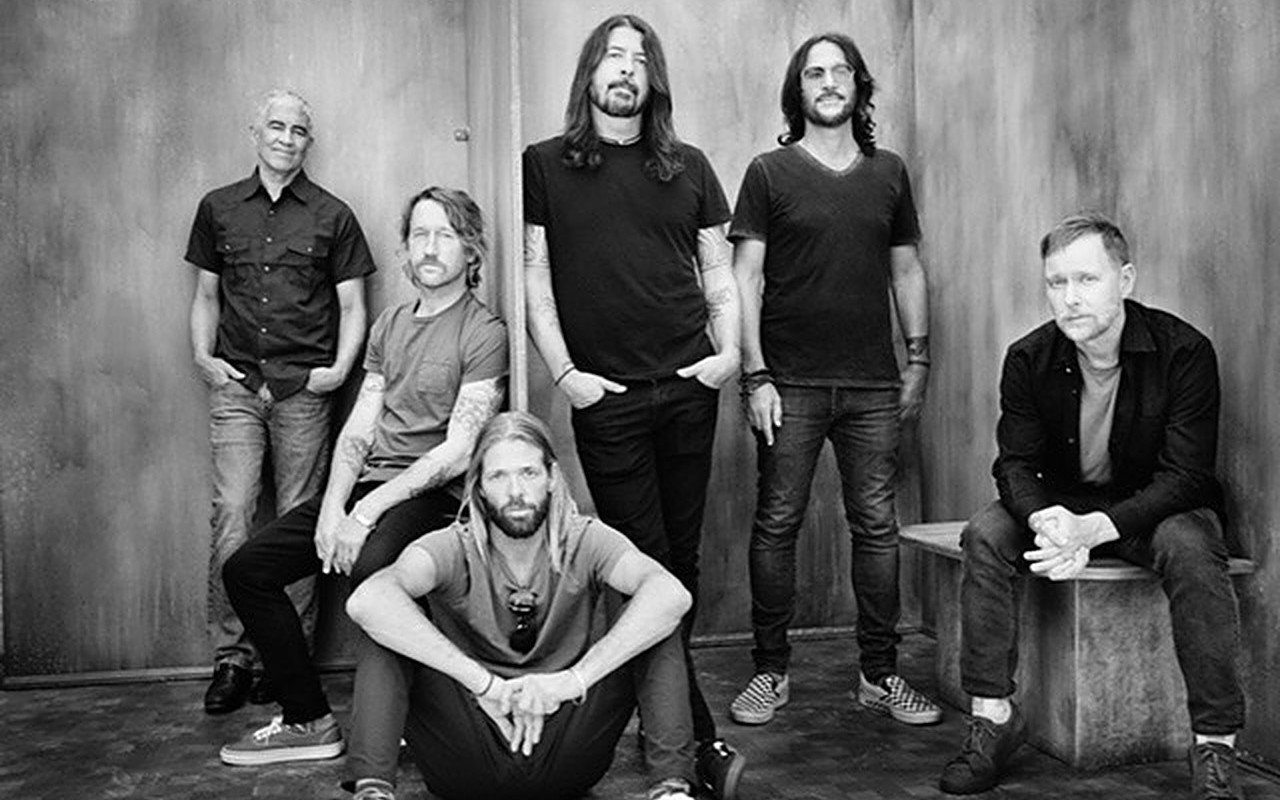 Foo Fighters Top U.K. Albums Chart With 'Medicine at Midnight'