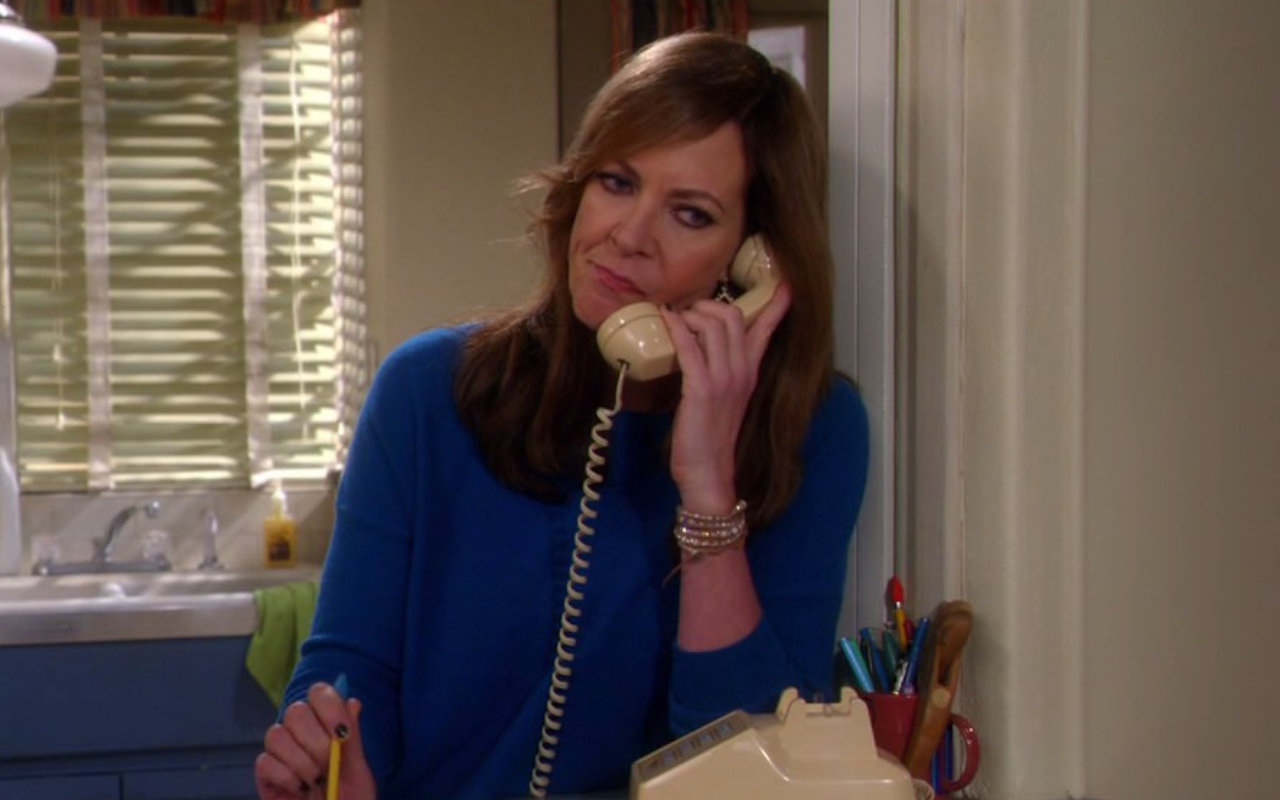 Allison Janney Thanks Anna Faris as She Bids Goodbye to Canceled 'Mom'