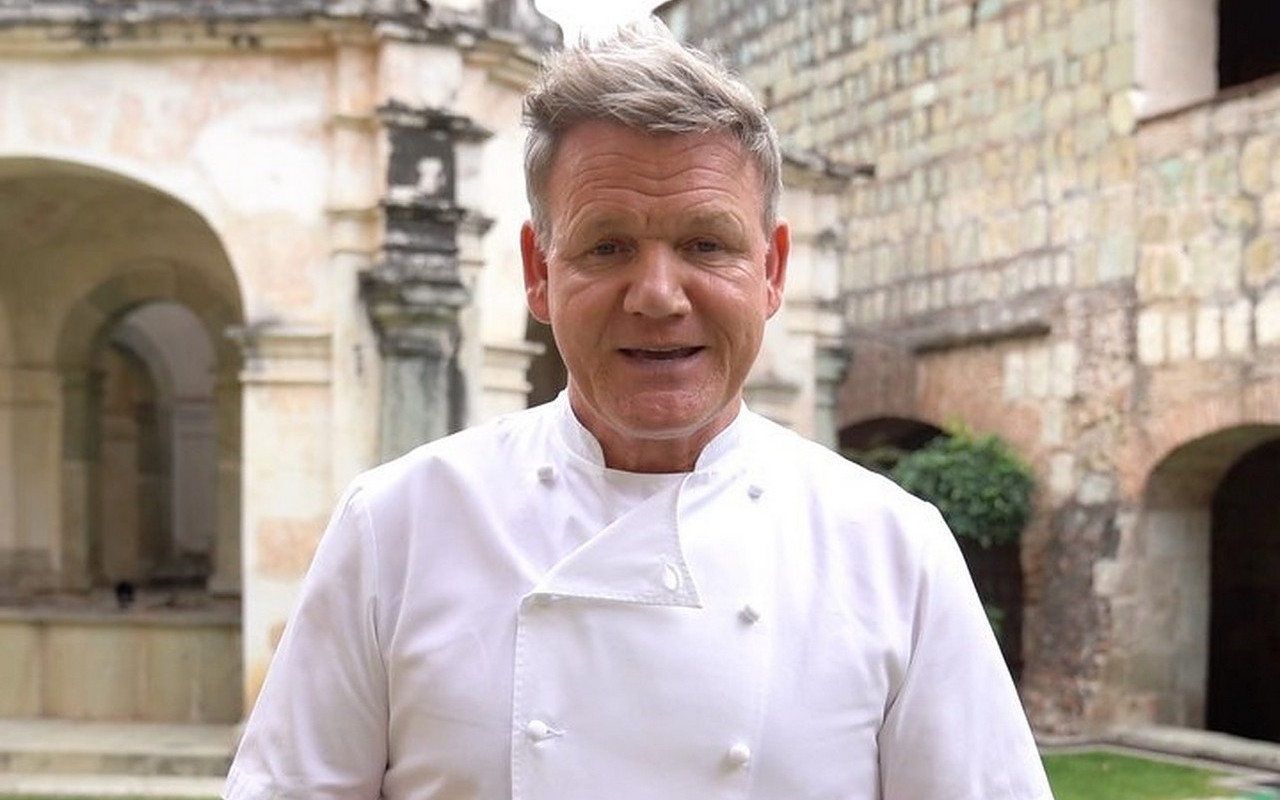 Gordon Ramsay Diagnosed With Arthritis After Injuring His Leg
