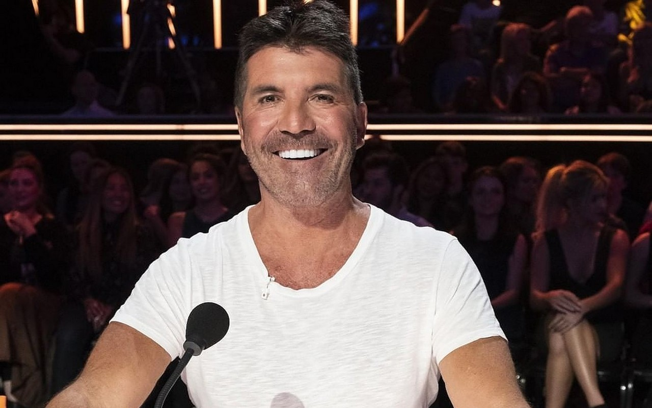 Simon Cowell Back as Judge for 'America's Got Talent' Season 16