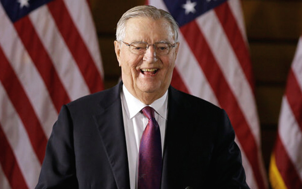 Former Vice President Walter Mondale Passed Away in Minnesota