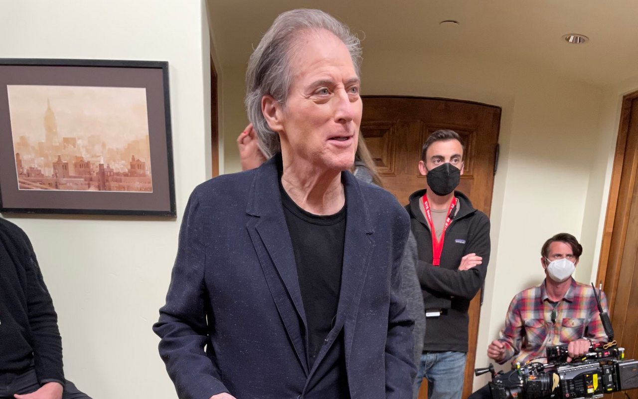 Richard Lewis 'So Grateful' to Be Invited Back to 'Curb Your Enthusiasm' After Surgeries
