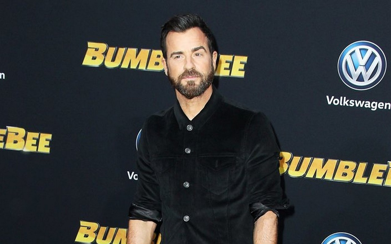 Justin Theroux Recalls Suffering From Memory Loss After Being Hit by Van