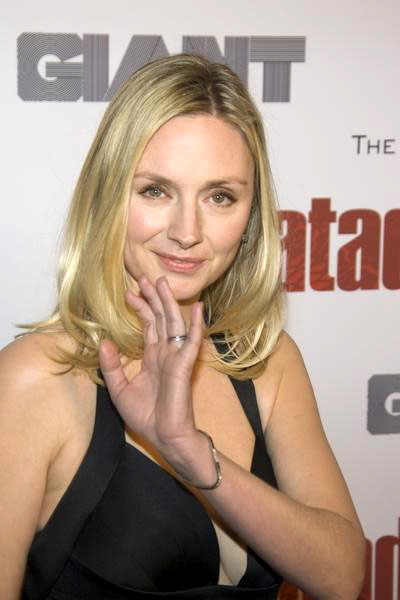 Hope Davis - Photos Hot
