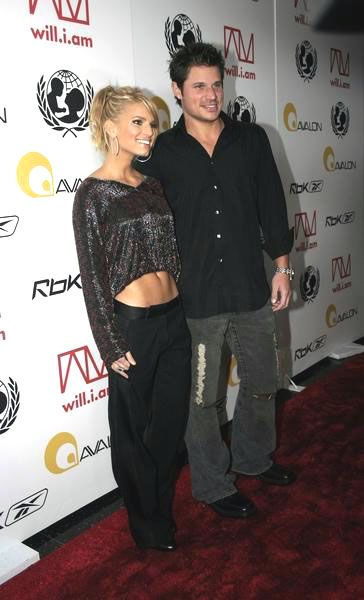 Jessica Simpson, Nick Lachey<br>Tsunami Benefit Concert - Red Carpet