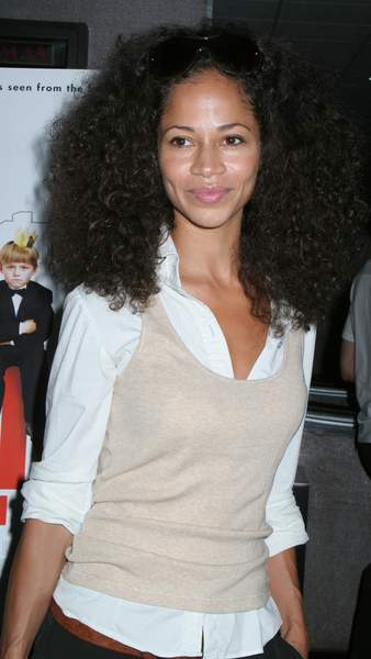 Sherri Saum<br>The Nanny Diaries Movie Screening - Arrivals