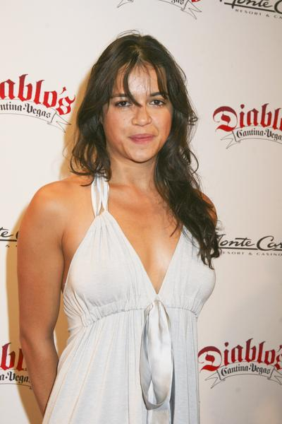 Honeymoon video clip of Michelle Rodriguez (Actress in Fast and Furious ...