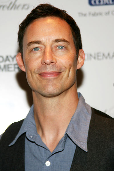 Tom Cavanagh S Wife Gives Birth To Child No 3