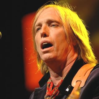 Tom Petty - Tom Petty Performs Live at the Tweeter Center Chicago 2005
