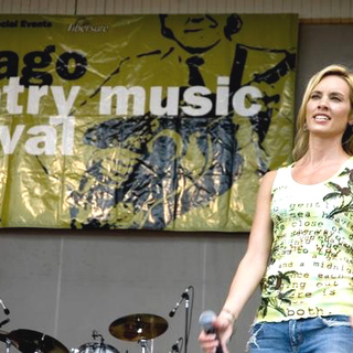 SHeDAISY in Chicago Country Music Fest - ADB-005906