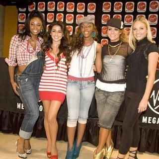 Danity Kane in Danity Kane Signs Latest CD For Fans at Virgin Megastore on Michigan Avenue in Chicago