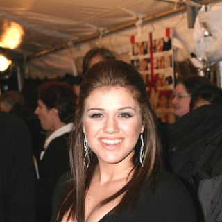 Kelly Clarkson - Love Actually World Premiere