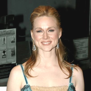 Laura Linney in p.s. Movie Premiere