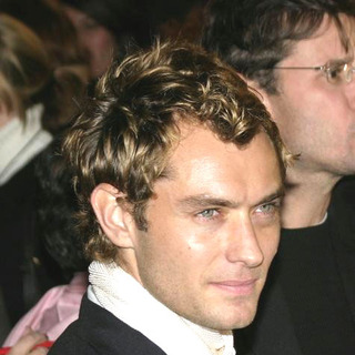 Jude Law in Alfie Premiere