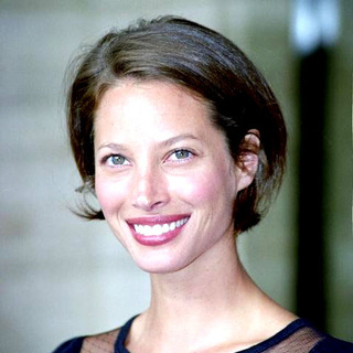 Christy Turlington in Redbook's Mother & Shakers Award
