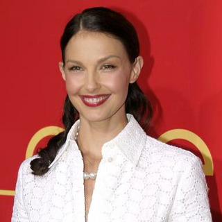 Ashley Judd - Cocktail Party and Intimate Dinner in Celebration of the Cartier Charity Love Bracelet