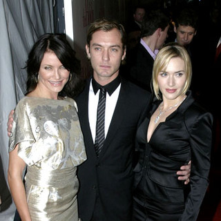 Cameron Diaz, Jude Law, Kate Winslet in The Holiday New York Premiere - Arrivals