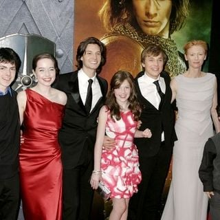 "Ben Barnes, Georgie Henley, Skandar Keynes, Anna Popplewell, William Moseley, Tilda Swinton, Peter Dinklage in ""The Chronicles of Narnia: Prince Caspian"" New York City Premiere - Arrivals"