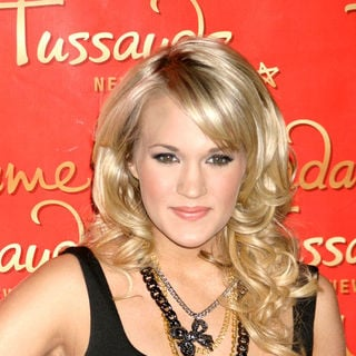 Carrie Underwood - Carrie Underwood Unveils Her Wax Figure at Madam Tussauds in New York on October 22, 2008
