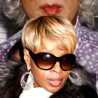 "Mary J. Blige in ""Madea Goes to Jail"" New York Premiere - Arrivals"