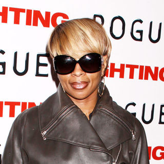 "Mary J. Blige in ""Fighting"" New York Premiere - Arrivals"