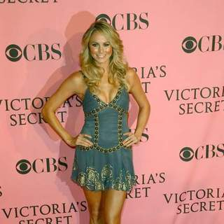 Stacy Keibler in The 2007 Victoria's Secret Fashion Show