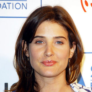 Cobie Smulders in Cool Comedy - Hot Cuisine Fundraiser Gala
