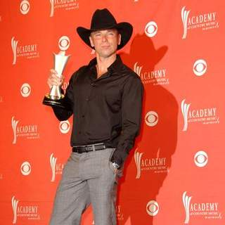 Kenny Chesney in 43rd Academy Of Country Music Awards - Arrivals