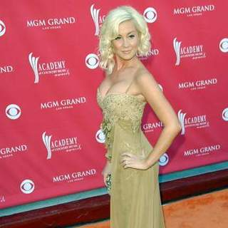 Kellie Pickler in 43rd Academy Of Country Music Awards - Arrivals