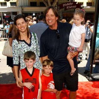 "Kevin Sorbo in ""Journey To The Center Of The Earth"" World Premiere - Arrivals - ALO-018770"
