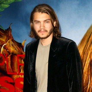 "Emile Hirsch in ""Pineapple Express"" Los Angeles Premiere - Arrivals"